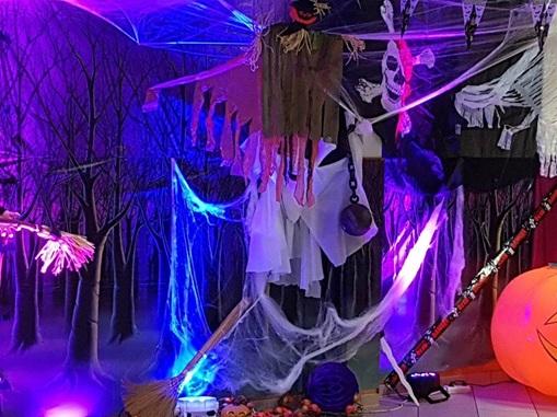 Vign_decoratrice_theme_soiree_halloween